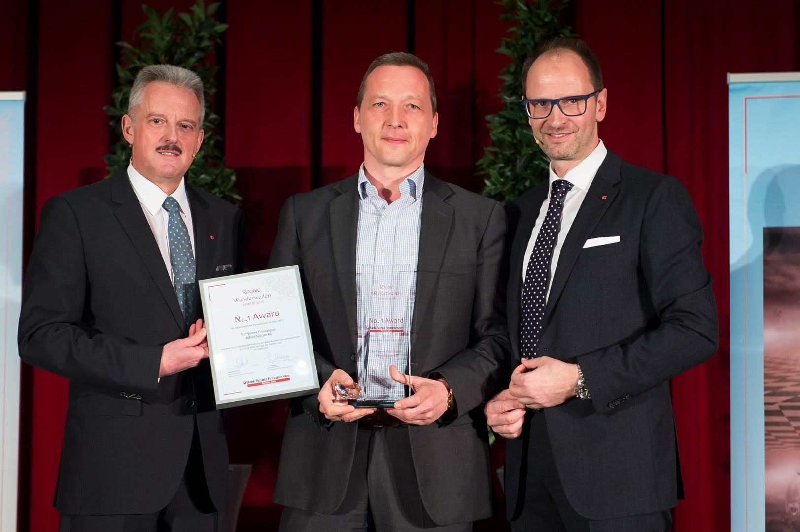 No.1 Award 2015 – Bank Austria Finanzservice
